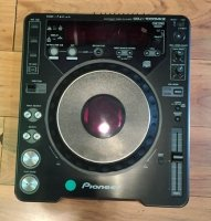 Click for large photo of Pioneer CDJ-1000MKII