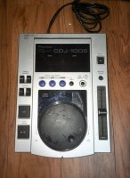 Click for large photo of Pioneer CDJ-100S