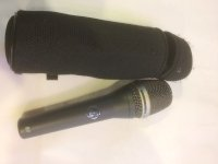 Click for large photo of AKG D7