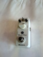 Click for large photo of Mooer Hustle Drive