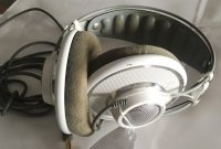 Click for large photo of AKG K701