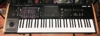Click for large photo of Korg Kronos 2 61