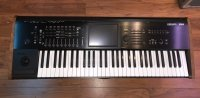 Click for large photo of Korg Kronos 2 61key