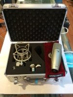 Click for large photo of Shure KSM44A