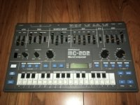 Click for large photo of Roland MC-202