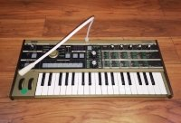 Click for large photo of Korg Microkorg