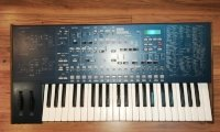 Click for large photo of Korg MS2000