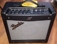 Click for large photo of Fender Mustang 1 V2