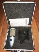 Click for large photo of AKG Perception 420
