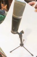 Click for large photo of M-Audio Producer USB Mic