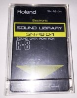 Click for large photo of Roland SN-R8-04 Electronic Rom