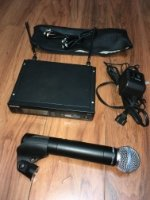 Click for large photo of Shure SLX4 W/SM58