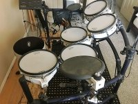Click for large photo of Roland TD10 Kit