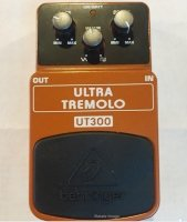 Click for large photo of Behringer Ultra Tremolo UT300