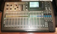 Click for large photo of Behringer X32
