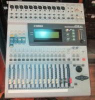Click for large photo of Yamaha 01V w/MY8-AD Analog Board