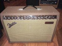 Click for large photo of Fender Acoustisonic Junior
