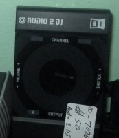 Click for large photo of M-Audio Audio 2DJ
