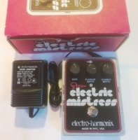 Click for large photo of Electro-Harmonix Stereo Electric Mistress
