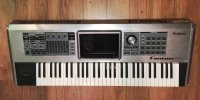Click for large photo of Roland Fantom G6