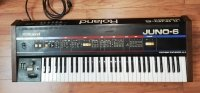Click for large photo of Roland Juno-6