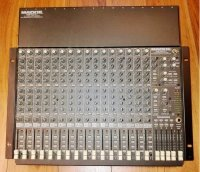 Click for large photo of Mackie 1604-VLZ Pro