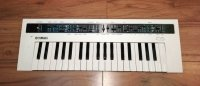 Click for large photo of Yamaha Reface CS