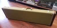 Click for large photo of Fender Tweed P Bass Case